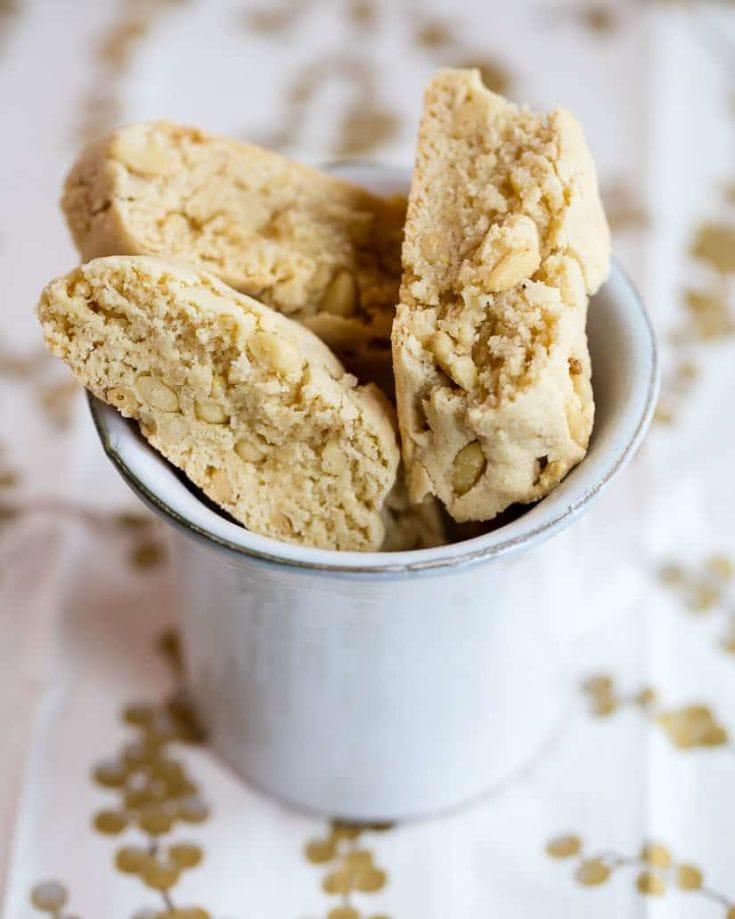 classic italian biscotti with lemon and pine nuts