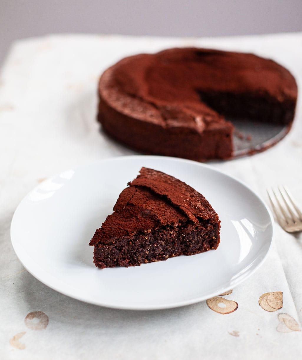Flourless Chocolate Almond Caprese Cake
