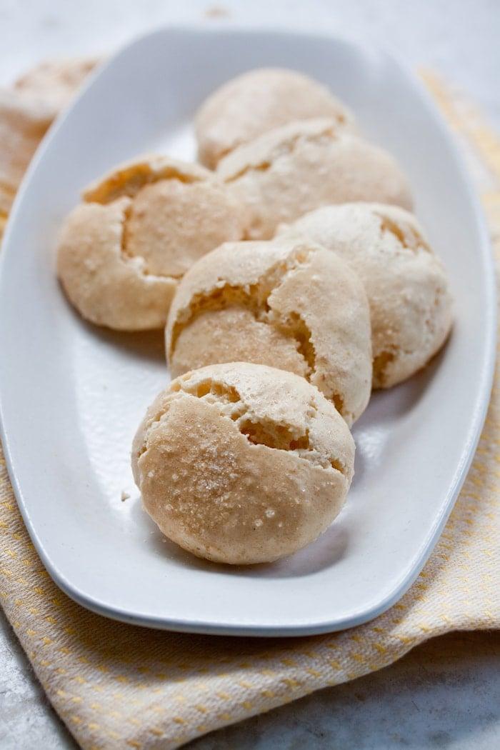 Homemade Amaretti Cookies
