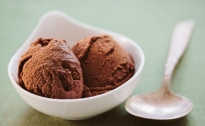 chocolate-truffle-ice-cream-recipe