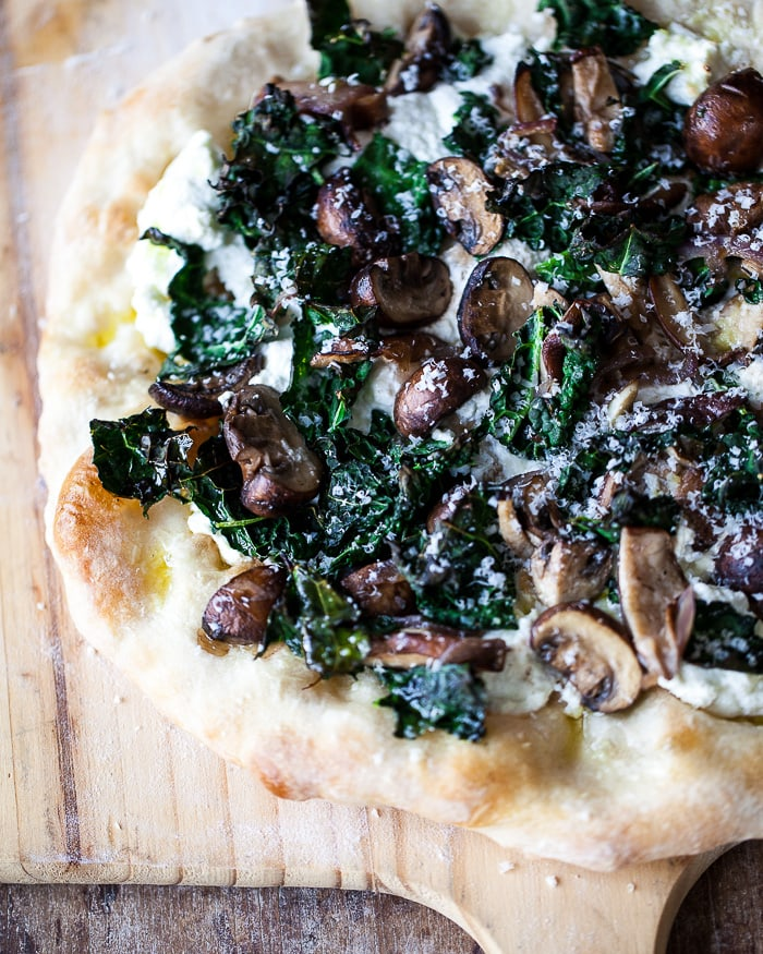 tuscan kale pizza with mushrooms and ricotta www.familystylefood.com