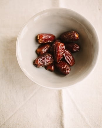 Medjool dates for salad