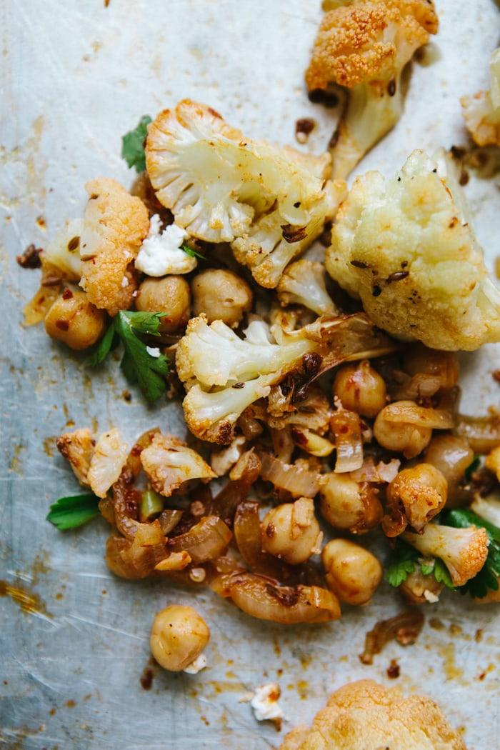 roasted-cauliflower-chickpeas-with-harissa