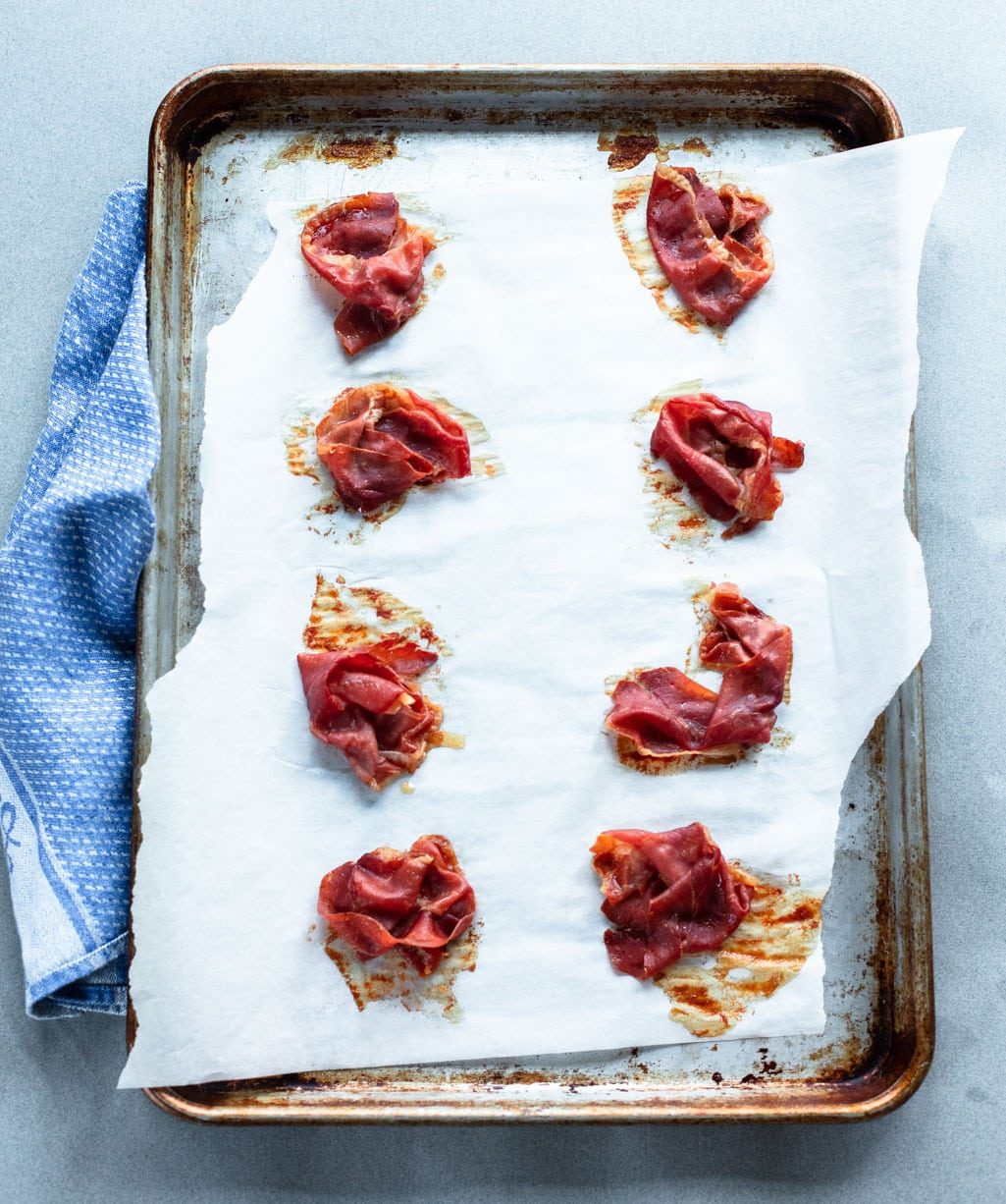 How to Make Prosciutto Crisps