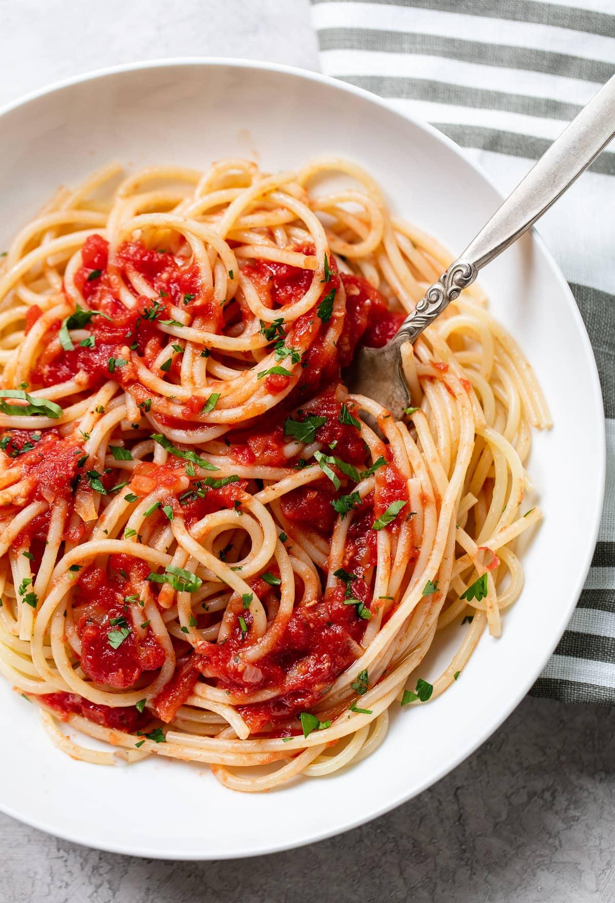 Easy Homemade Marinara Pasta Sauce