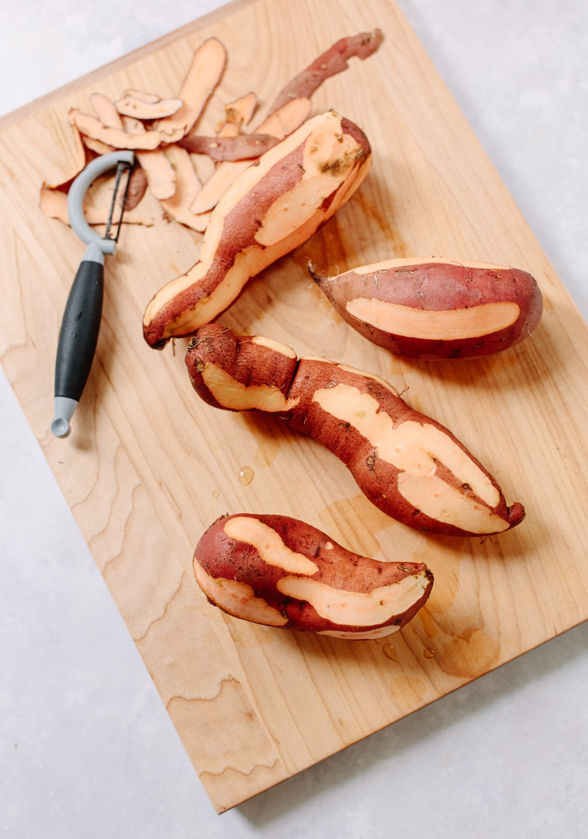 Do sweet potatoes need to be peeled?