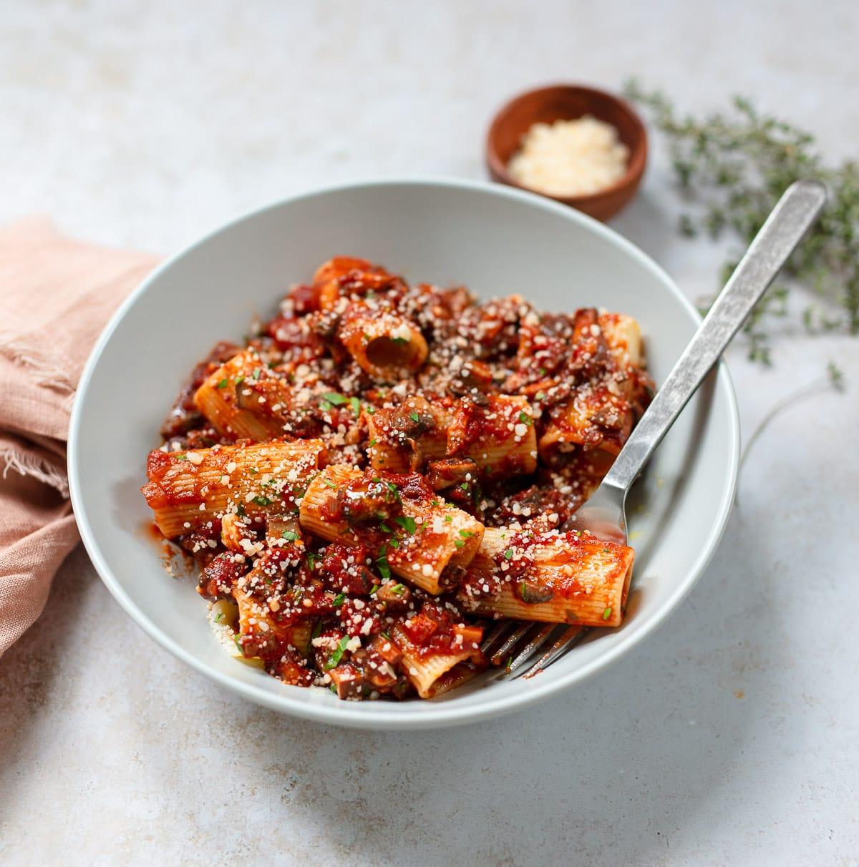 Mushroom Bolognese Pasta Sauce