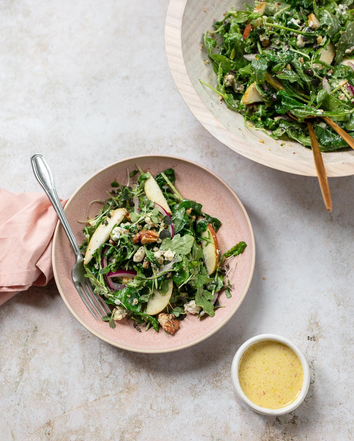 Arugula Pear Salad with Cheese and Walnuts
