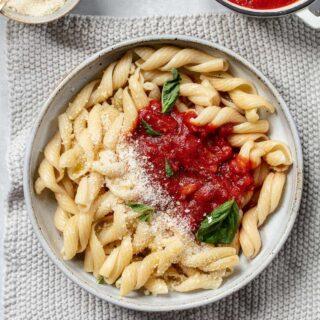 Pasta Pomodoro Recipe with Basil