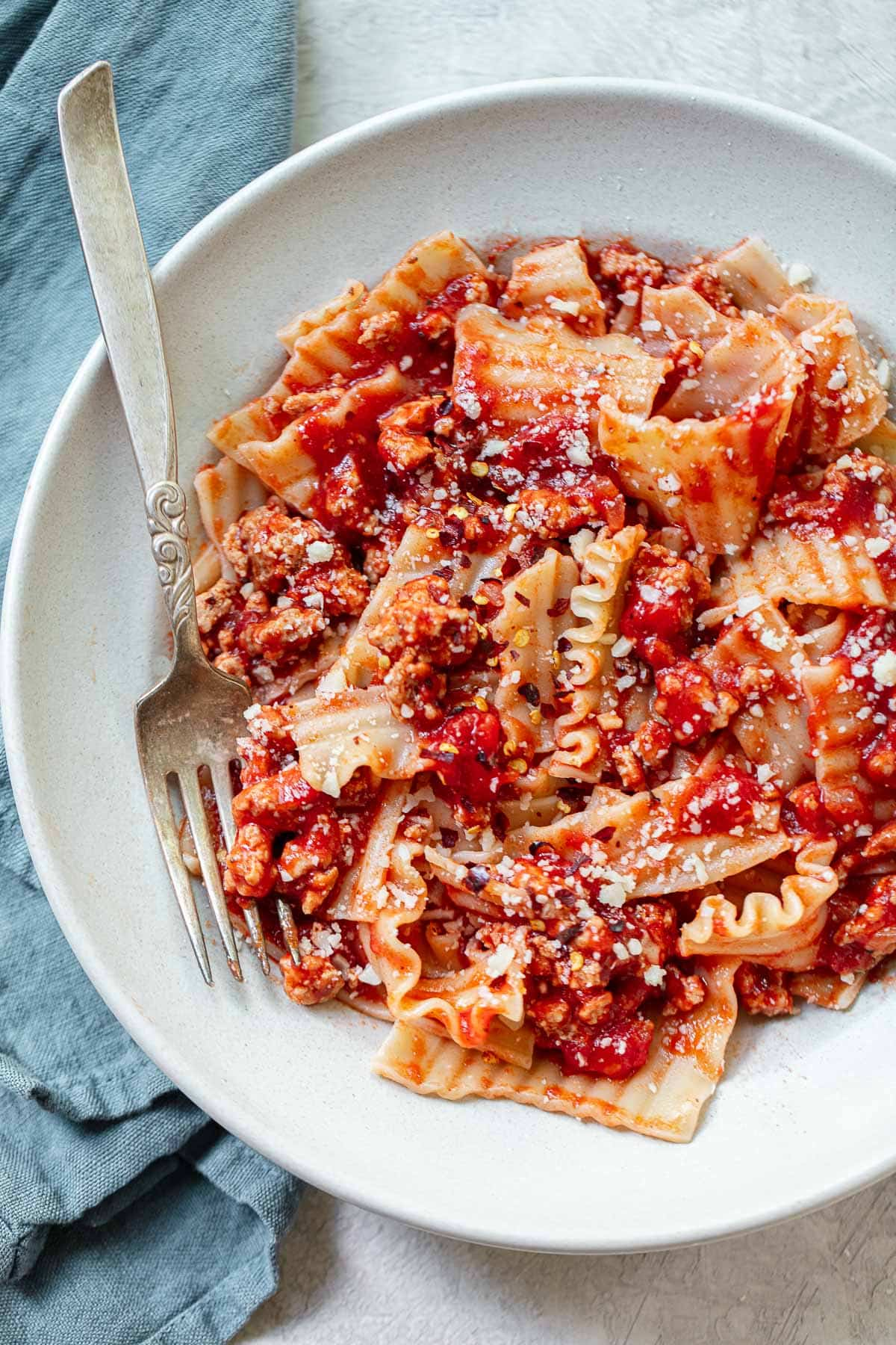 Broken Lasagna Pasta With Easy Bolognese Sauce Familystyle Food