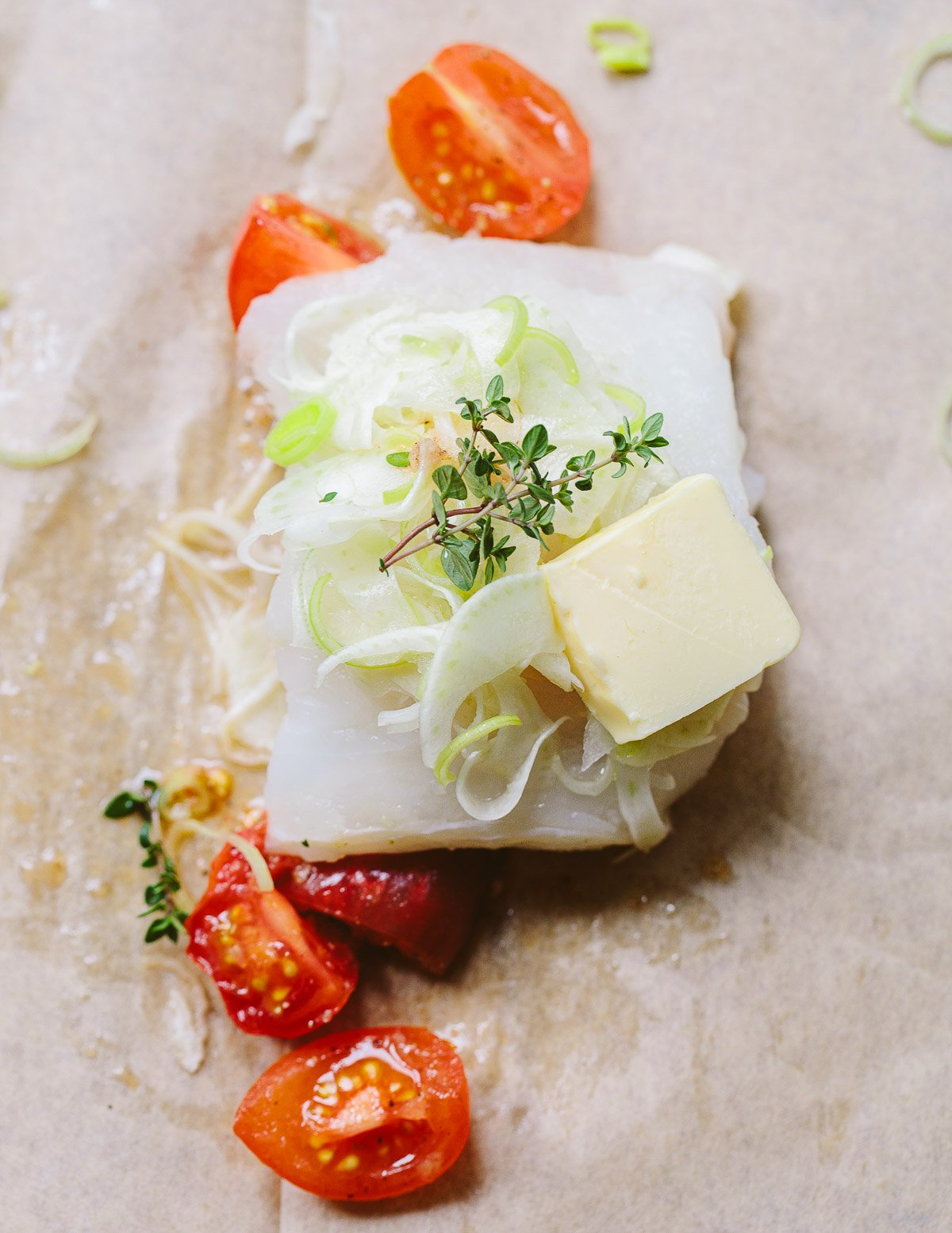 Parchment Baked Cod with Tomatoes