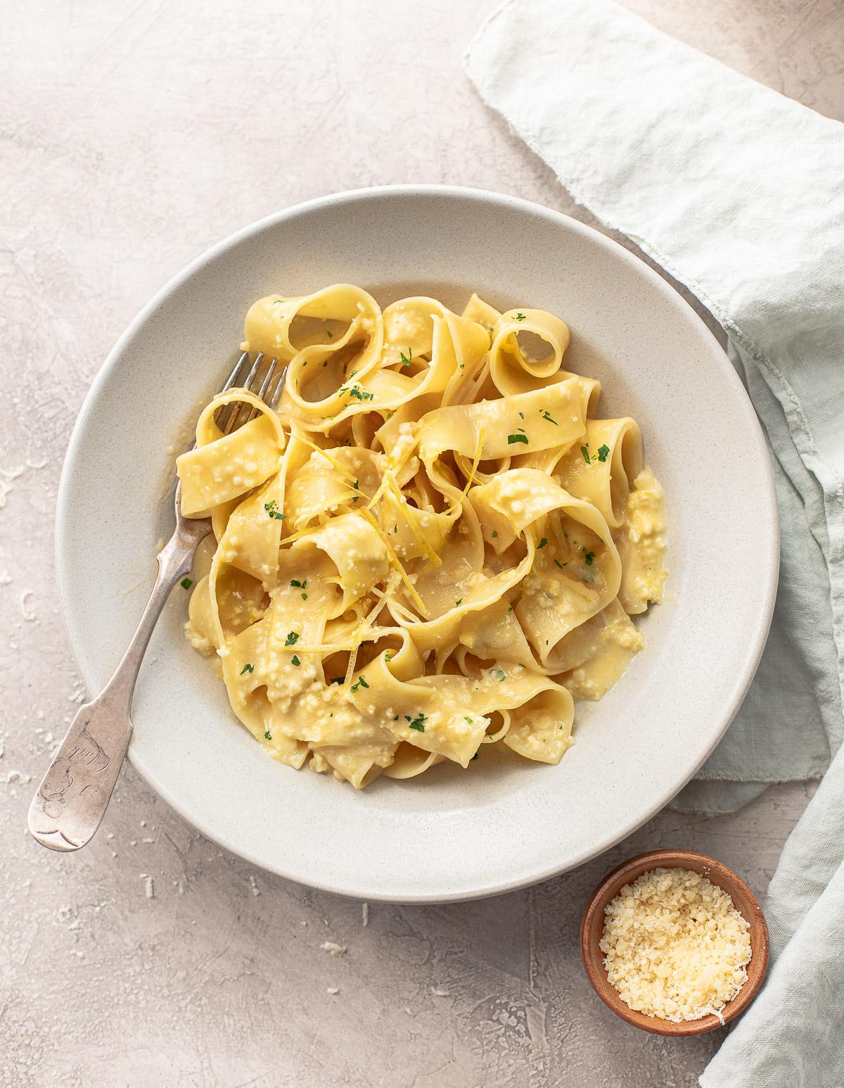 Pappardelle Pasta al Limone {Creamy Lemon Pasta}